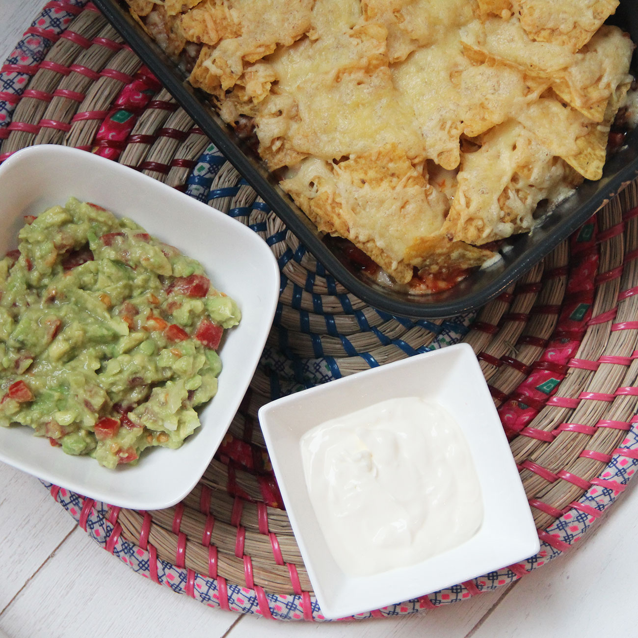 Nachoschotel met guacamole